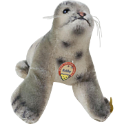 "1950s German Steiff ""Robby"" the Baby Seal 5"""