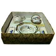 "1913 Enamel Graniteware Doll's  ""Coffret Toilette"" Commode Wash Set"