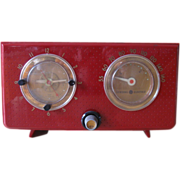 Vintage General Electric 1954 Model 565 AM Clock Radio