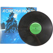 SALE 1973 Ronco Presents A Christmas Present Vinyl, with Johnny Cash, Aretha Franklin and many