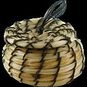 "Vintage Native American Miniature Horse Hair Bowl Basket 3/4"" Wide ID #37"