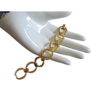 SALE Trifari Gold Tone Links Bracelet