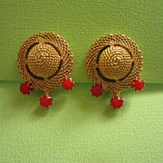 REDUCED Vintage Crown Trifari Gold Tone Earrings ~ REDUCED!