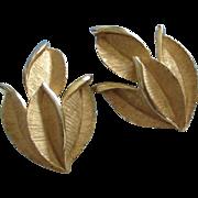 SALE Vintage Trifari Gold Tone Tiny Leaves Earrings