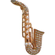 SALE Vintage Rhinestone & Faux Pearl Saxophone Pin Brooch