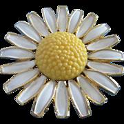 SALE Vintage Weiss Enamel Daisy Flower Pin