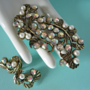 SALE Vintage Dodds AB Rhinestone & Faux Pearl Large Brooch and Earring Set