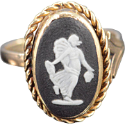 14K Antique Black & White Carved Cameo Stone Ring Size 6 Yellow Gold