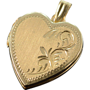SALE 14K Engraveable Photo Locket Heart Pendant Yellow Gold