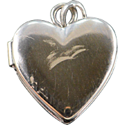 14K Engraveable Puffy Heart Photo Locket Charm/Pendant White Gold