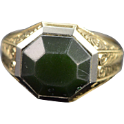 14K Green Agate Antique Scroll Engraved Men's Ring Size 9 Yellow Gold