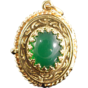 REDUCED 14K Cabochon Nephrite Fancy Prong Photo Locket Pendant Yellow Gold