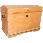 Antique Pine Toy or Blanket Chest
