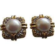 Bluette France Glamorous Simulated Pearl and Diamond Shoe Clips