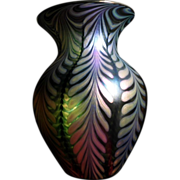 "REDUCED 8"" Beautiful  Art Glass Vase Green Iridescent Pink Spiral"