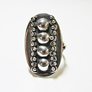 Ladies Oval Beaded Ring