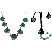 Japanese Estate Three Piece .950 Sterling Necklace Set with Claw Settings and 18  Apple Green