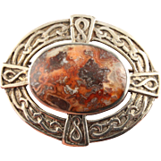 SALE STORE WIDE Vintage sterling silver Scottish agate pebble Celtic brooch