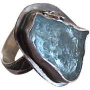 Raw Uncut Aquamarine ring with Flower - Handmade Textured Band Ring