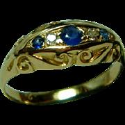 SALE Decorative Antique 18ct Gold 5-Stone Diamond + Sapphire Gemstone Ring.