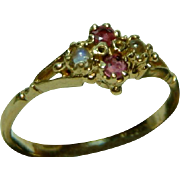 SALE Pretty Antique 15ct Gold Ruby + Moonstone Gemstone Ring.