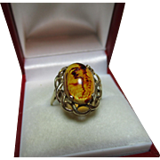 SALE Vibrant Vintage 9ct Gold 'Oval Shaped' Amber Gemstone Ring