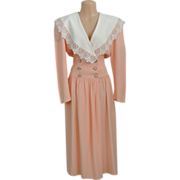 Vintage Peach Color Dress With Full White Collar