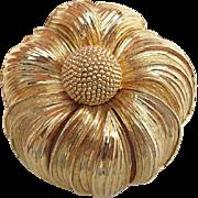 Vintage Signed Nettie Rosenstein Gold - Tone Flower Brooch