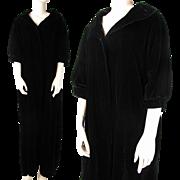 Vintage Circa 1930 Black Velvet Opera Coat With Three - Quarter Length Sleeves