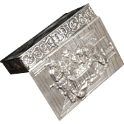 German 800 Gilt Silver Repousse Snuff Box Early 20th century