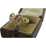 An  Outstanding English Edwardian 18k gold double Lovers knot ring