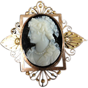 Victorian stone cameo in 14k gold brooch