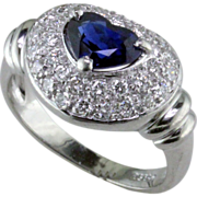 Sweet Heart Sapphire & Diamond Platinum Ring