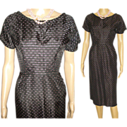 Vintage 1950s Dress  .  Couture   .  50s Dress  .  Hourglass  .  Wiggle