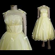 Vintage 1950s Dress//50s Bubble Dress//Yellow//Party Dress//Prom//Wedding//50s Dress