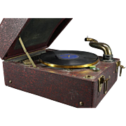 Lifton Mfg Model 20 Bellphonic Wind Up Phonograph
