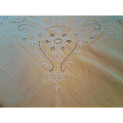 SALE Madiera Embroidery and Cutwork Linen Tablecloth and Napkin Set