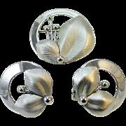 "1950s EMJ EMMONS Modernist pin and earrings set. ""Hi Fashion"""