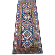 Heriz Area Runner , Oriental Rug , Azerbaijan Province . NW  Persia , 1st Quarter 20th Century