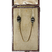 Fine Antique Victorian 18 carat gold, carved banded agate and diamond double cravat/tie pin ..