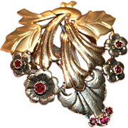 Vintage Retro 9 carat yellow and white gold ruby floral fur/dress pin - circa 1940