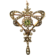 Antique Victorian Art Nouveau 9 carat gold Peridot Seed Pearl Pendant/Pin/Lavalier