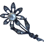 Pretty Antique Edwardian Austrian 935 Silver,White Paste & Faux Pearl Flower Brooch Pin