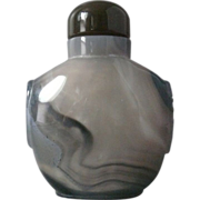 Large Chinese Banded Agate Snuff Bottle