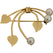 14K Yellow Gold Heart Pin With Pearls