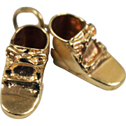 14k Yellow Gold Pair of Baby Shoes Charm
