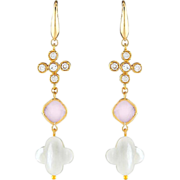 Four-leaf clover long earrings with pink quartz and mother of pearls clover. Dangling earrings