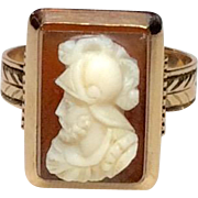 Victorian cameo ring with 10K rose gold setting