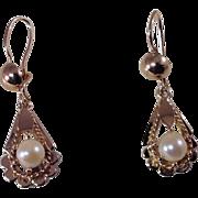 18k Yellow Gold Vintage  , 6 mm Pearl, Pear Shaped , Drop Earrings,