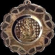18K Italian Yellow Gold Religious Medal /  Pendant, Madonna / Virgin Mary & Christ Child Crib